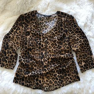 Express leopard print blouse with gold zipper